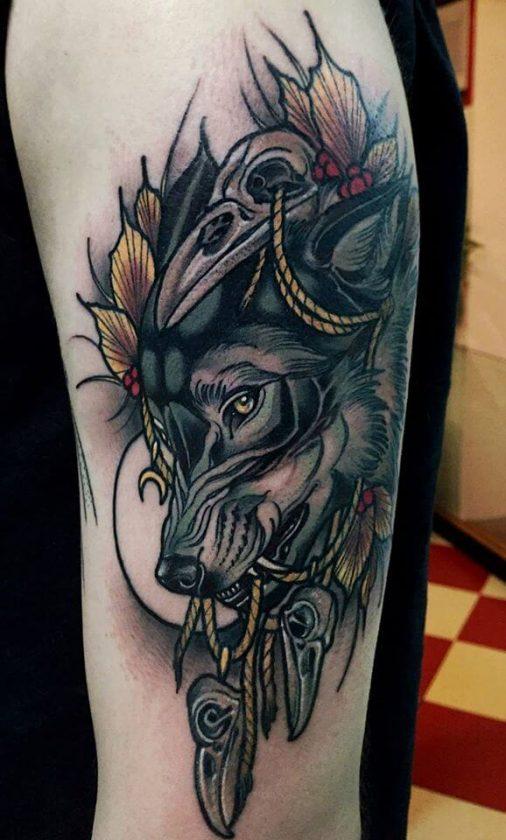 Tatuaje lobo gris
